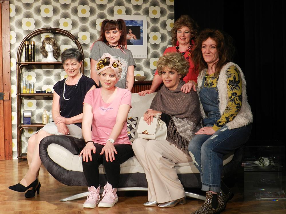 les actrices de Coiffure pour Dame